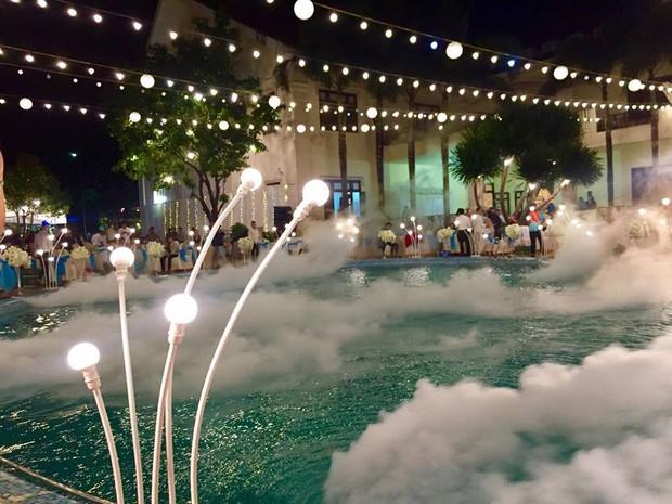 Lễ báo hỉ hoành tráng mời 1.000 khách, nguyên dàn motor đưa dâu, riêng trang trí đã hết 200 triệu ở Buôn Mê Thuột - Ảnh 2.