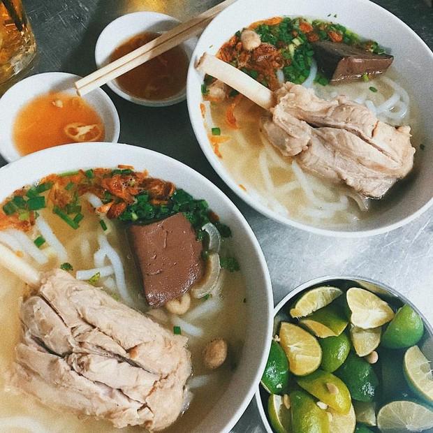 Có ai mà ngờ sườn cây lại xuất hiện trong nhiều món ăn độc đáo và lạ vị trong ẩm thực Sài Gòn như thế này - Ảnh 5.