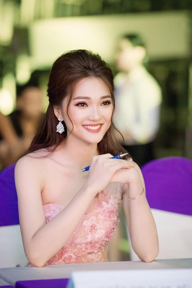Gương mặt đẹp nhất Hoa hậu Hoàn vũ VN 2017 bất ngờ tuyên bố dừng cuộc chơi tại Hoa hậu Việt Nam 2018 - Ảnh 3.