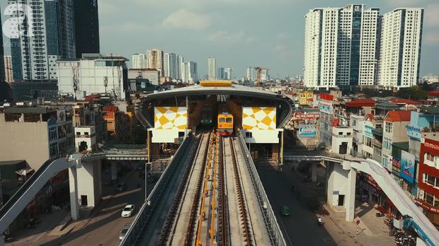 Tàu điện tuyến Cát Linh - Hà Đông chính thức đóng điện lưới Quốc Gia để chạy thử - Ảnh 4.