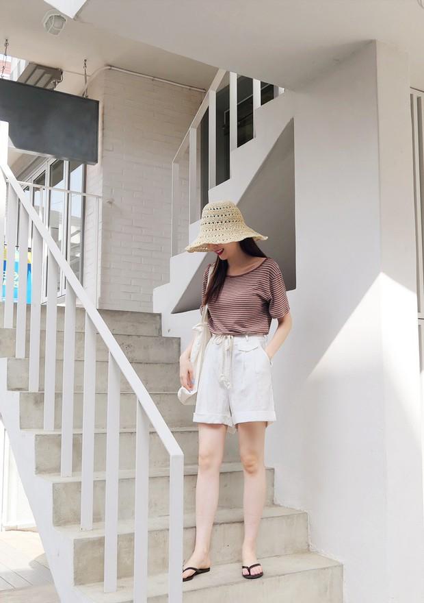 Tạm cất những chiếc shorts ngắn để kết thân với quần shorts dài vì diện lên thoải mái và nữ tính vô cùng - Ảnh 8.