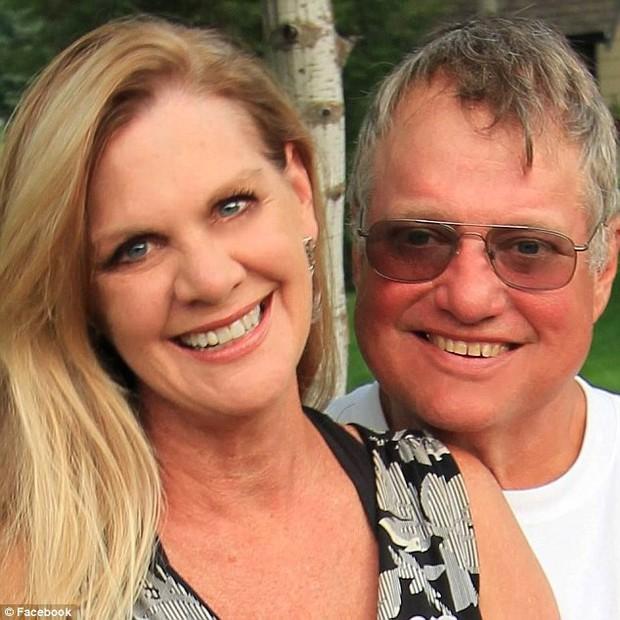 Vụ án vợ cùng hai con gái riêng âm mưu sát hại chồng gây chấn động nước Mỹ - Ảnh 1.