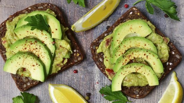 Cứ ăn 6 loại thực phẩm này thường xuyên thì vòng 3 từ xẹp lép cũng trở nên căng tròn - Ảnh 6.