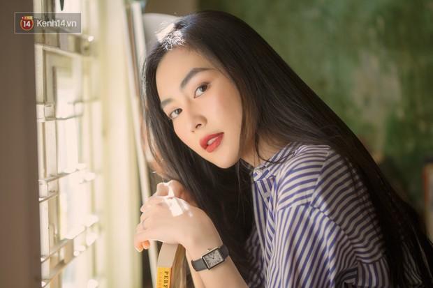 Helly Tống ở tuổi 23: Tình yêu là sự riêng tư cuối cùng mà tôi giữ cho riêng mình. - Ảnh 15.