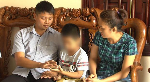 Vụ trao nhầm con cách đây 6 năm: Ngày mai, 2 gia đình sẽ đoàn tụ - Ảnh 1.