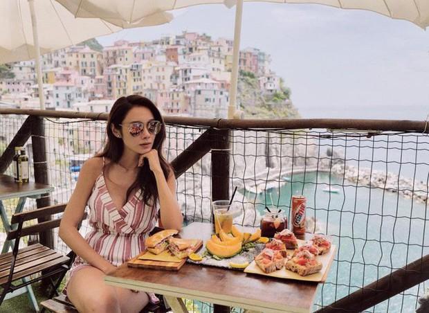 Đam mê sống ảo Instagram, hotgirl đình đám Hongkong bị bóc phốt dùng ảnh mạng mà nhận là ảnh mình - Ảnh 1.