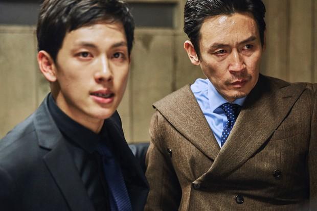 Đau cả mắt với 5 phim Hàn Quốc nhồi nhét quá nhiều cảnh nóng và bạo lực - Ảnh 2.