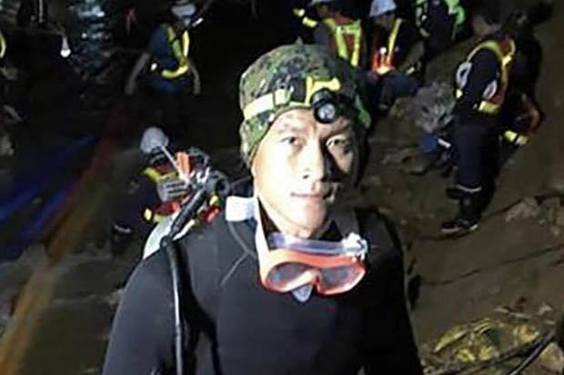 Đội bóng Thái Lan sẽ đi tu để tưởng nhớ thợ lặn tử nạn - Ảnh 1.