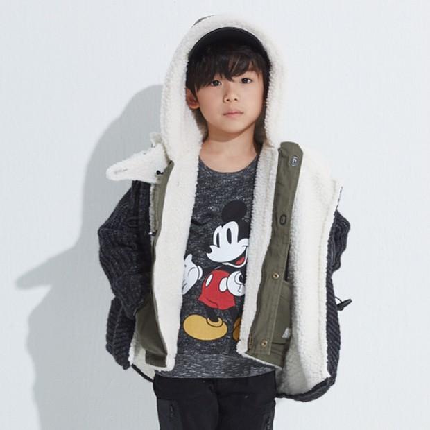 Sao nhí 9 tuổi của Thư ký Kim bỗng thành hiện tượng vì quá điển trai, tài năng: Nam thần tương lai đây rồi! - Ảnh 8.