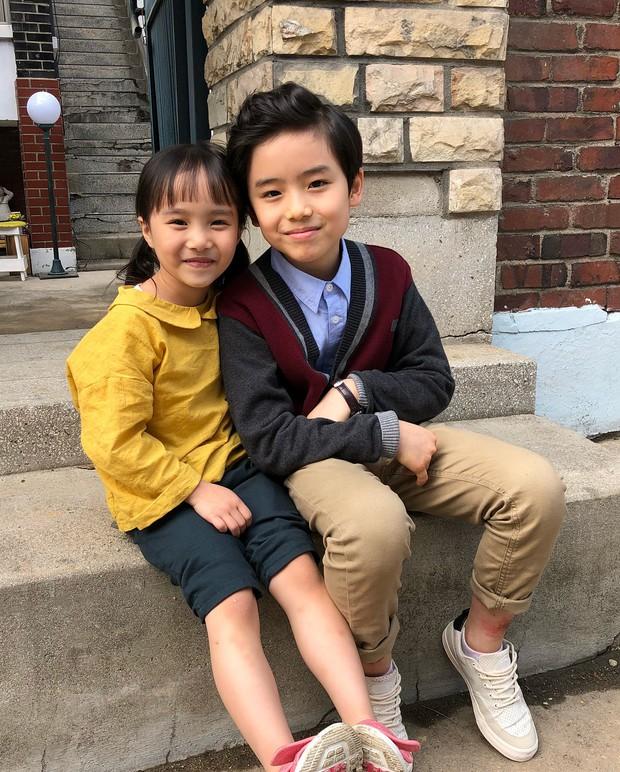 Sao nhí 9 tuổi của Thư ký Kim bỗng thành hiện tượng vì quá điển trai, tài năng: Nam thần tương lai đây rồi! - Ảnh 7.