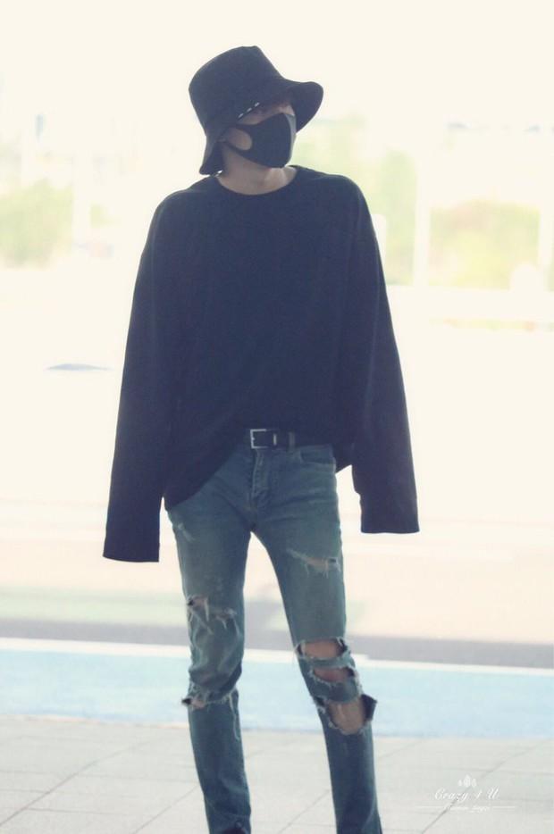 Nam thần đình đám Taemin (SHINee) bất ngờ có mặt ở Đà Nẵng, bịt kín nhưng vẫn bị fan phục kích tại sân bay - Ảnh 10.