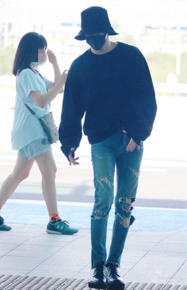 Nam thần đình đám Taemin (SHINee) bất ngờ có mặt ở Đà Nẵng, bịt kín nhưng vẫn bị fan phục kích tại sân bay - Ảnh 9.