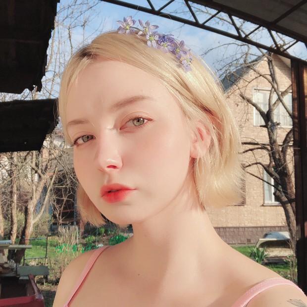 Đẹp trong trẻo và cực kì dịu dàng, cô gái Nga này chắc chắn là nàng thơ của mọi chàng trai - Ảnh 4.