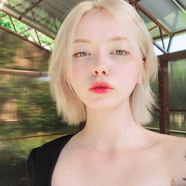 Đẹp trong trẻo và cực kì dịu dàng, cô gái Nga này chắc chắn là nàng thơ của mọi chàng trai - Ảnh 6.