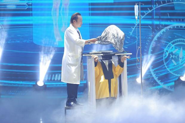 Ảo thuật siêu phàm: Mang Iron Man cao 3,5m lên sân khấu, thí sinh khiến Lý Nhã Kỳ chưa hài lòng - Ảnh 7.