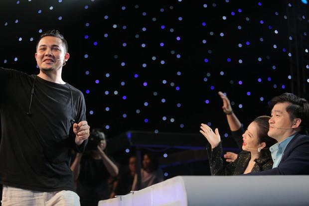 Ảo thuật siêu phàm: Mang Iron Man cao 3,5m lên sân khấu, thí sinh khiến Lý Nhã Kỳ chưa hài lòng - Ảnh 8.