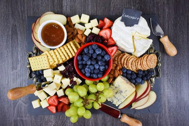 Là tín đồ của Instagram thì không nên bỏ qua Cheeseplate: bữa tiệc hảo béo đẹp đẽ không thể làm ngơ - Ảnh 1.