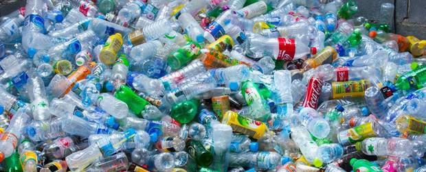 Nếu rác nhựa gây khủng hoảng như thế thì tại sao không cấm dùng đồ nhựa luôn? Câu trả lời không đơn giản như bạn nghĩ đâu - Ảnh 2.