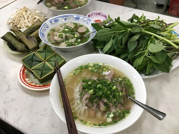 Những quán phở có từ thời ông bà anh tại Sài Gòn - Ảnh 5.