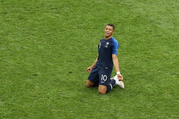 Năm 2018, trên vũ đài World Cup, Mbappe chính thức bước ra ánh sáng - Ảnh 10.