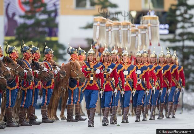 Chùm ảnh tuyệt đẹp về lễ hội Naadam đầy màu sắc của người dân Mông Cổ - Ảnh 8.