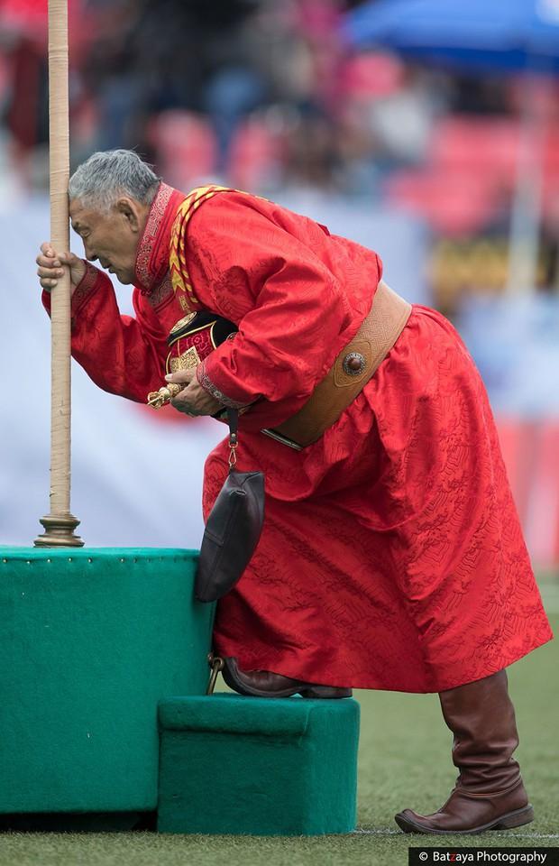 Chùm ảnh tuyệt đẹp về lễ hội Naadam đầy màu sắc của người dân Mông Cổ - Ảnh 13.