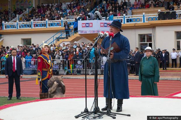 Chùm ảnh tuyệt đẹp về lễ hội Naadam đầy màu sắc của người dân Mông Cổ - Ảnh 14.