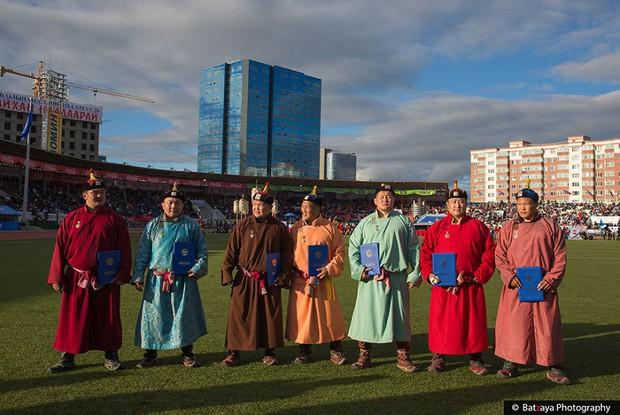 Chùm ảnh tuyệt đẹp về lễ hội Naadam đầy màu sắc của người dân Mông Cổ - Ảnh 17.