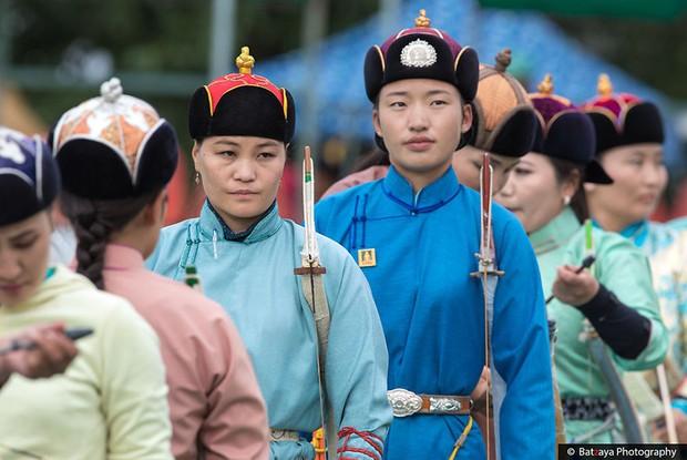 Chùm ảnh tuyệt đẹp về lễ hội Naadam đầy màu sắc của người dân Mông Cổ - Ảnh 20.