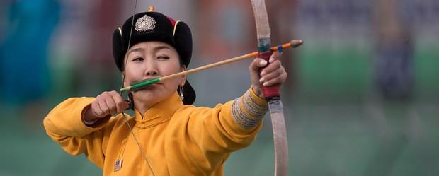 Chùm ảnh tuyệt đẹp về lễ hội Naadam đầy màu sắc của người dân Mông Cổ - Ảnh 1.