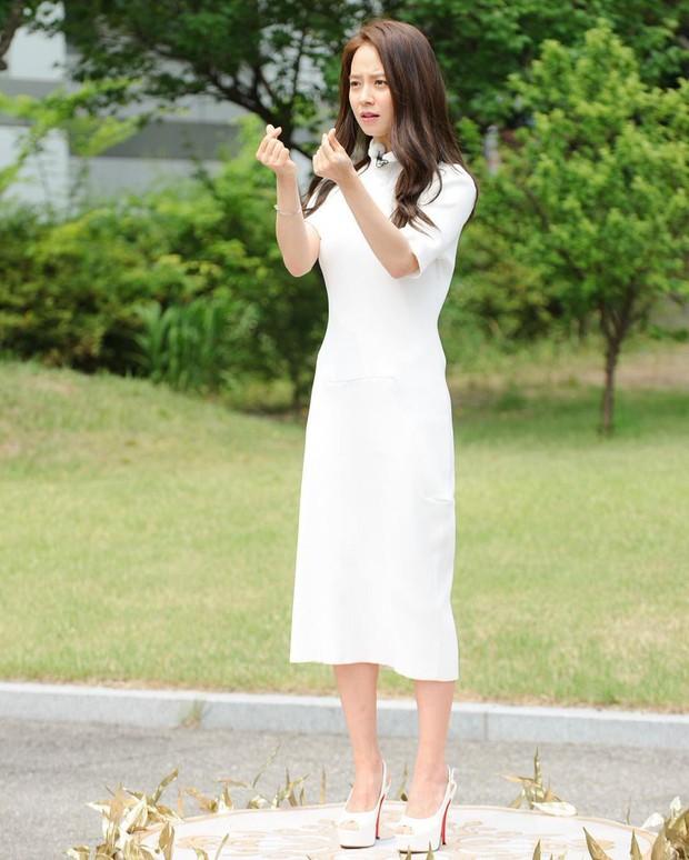 Toàn nhận được phần thưởng bằng vàng, Song Ji Hyo chính là rich kid thứ thiệt của Running Man! - Ảnh 2.