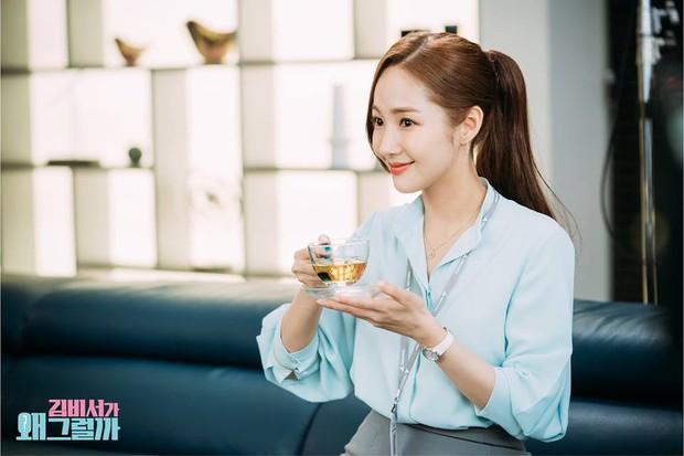 Hậu trường Thư Ký Kim: Phản ứng cực mặn của Park Seo Joon khi ăn món trứng của Park Min Young - Ảnh 16.