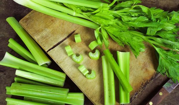 Không chỉ trứng, những loại rau này cũng giúp bổ sung canxi hỗ trợ cho việc tăng chiều cao rất tốt  - Ảnh 4.