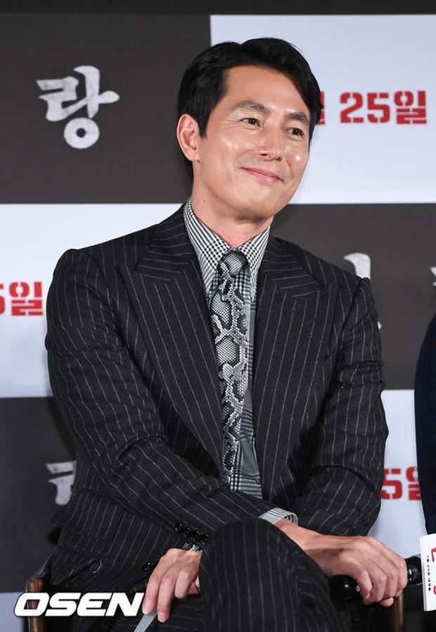 Thảm đỏ hội tụ toàn siêu sao: Thánh sống và Han Hyo Joo lần đầu lộ diện sau tin hẹn hò, Minho đọ với dàn tài tử - Ảnh 21.