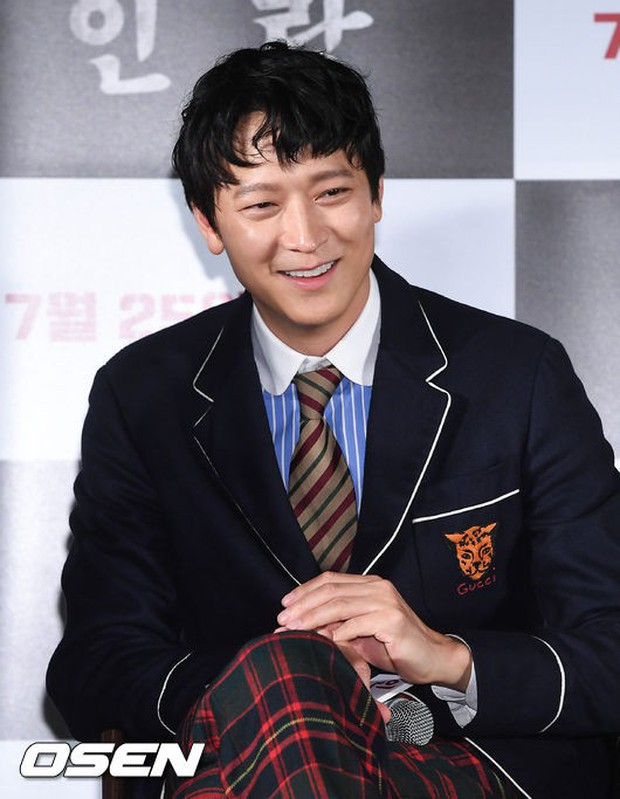 Thảm đỏ hội tụ toàn siêu sao: Thánh sống và Han Hyo Joo lần đầu lộ diện sau tin hẹn hò, Minho đọ với dàn tài tử - Ảnh 5.
