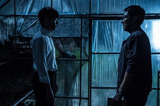Believer là bản remake có màu sắc riêng nhưng còn lắm vụng về của Drug War - Ảnh 3.