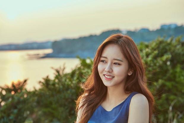 Sao nhí Mặt trăng ôm mặt trời một thời Kim So Hyun ngày càng xinh, nhưng ai ngờ lại đẹp đến mức này! - Ảnh 1.