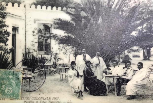 Bên trong khu vườn bị bỏ hoang ở Paris, nơi 100 năm trước con người từng bị đem ra triển lãm, mua vui chẳng khác gì ở sở thú - Ảnh 8.
