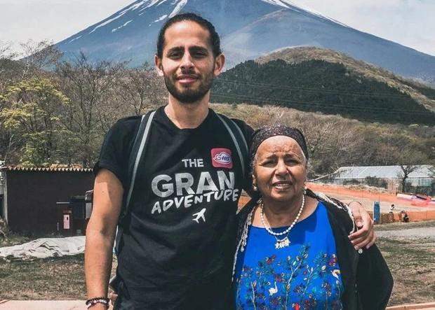 Câu chuyện cảm động về chàng trai người Thụy Điển cùng bà nội đi phượt khắp Châu Á - Ảnh 1.