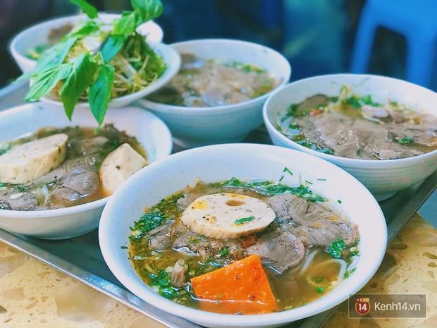 Không ngờ đường Nguyễn Thiện Thuật cũng có hàng tá món ăn hấp dẫn không phải ai cũng biết - Ảnh 8.