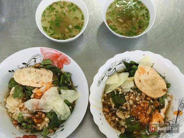 Không ngờ đường Nguyễn Thiện Thuật cũng có hàng tá món ăn hấp dẫn không phải ai cũng biết - Ảnh 1.