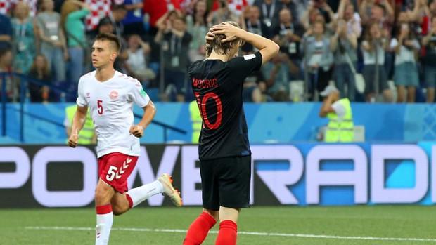Modric đá hỏng penalty, Croatia giành vé vào tứ kết World Cup 2018 nhờ loạt luân lưu không tưởng - Ảnh 4.