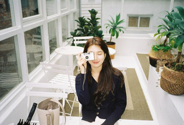 """Chỉ đóng 1 bộ phim, """"thư ký"""" Park Min Young đã đụng hàng cả loạt sao khủng: từ Suzy, Yoona, Jennie cho đến Chị Đẹp - Ảnh 5."""