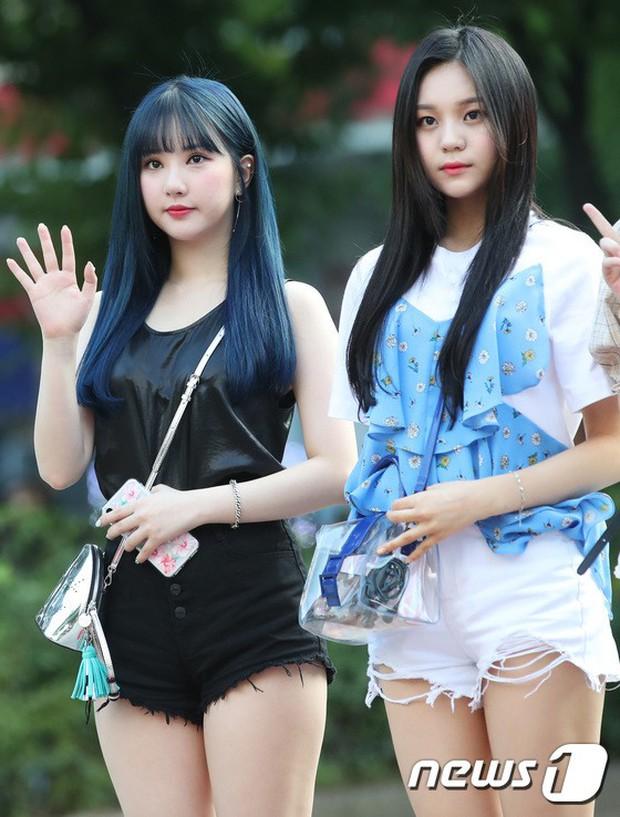 Quân đoàn mỹ nam mỹ nữ Kpop đổ bộ: Hyuna bỗng xinh bật lên so với dàn nữ thần, idol lộ vòng 3 vì mặc quần cũn cỡn - Ảnh 24.