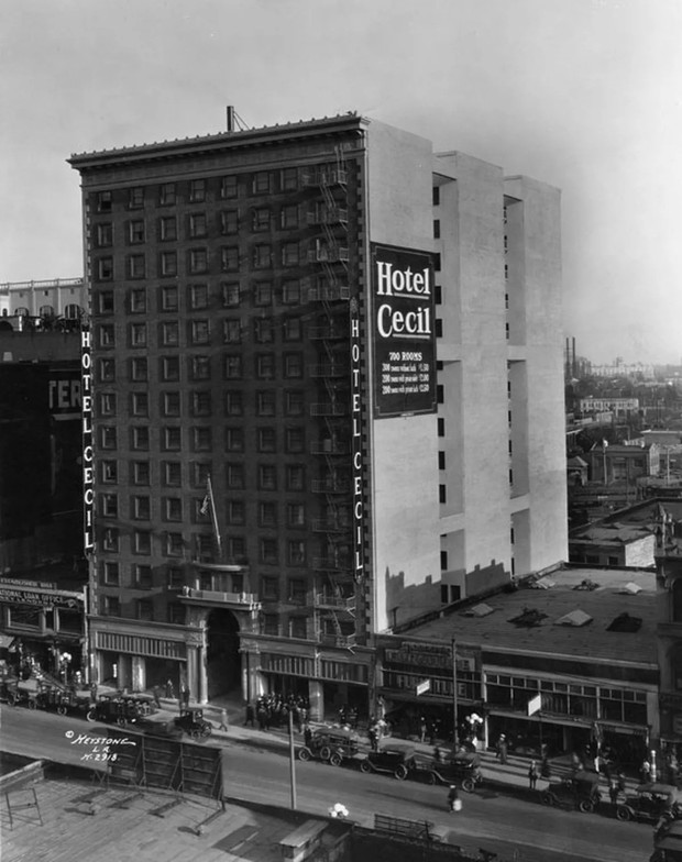 Khách sạn đen đủi nhất thế giới ở Mỹ: Vừa mở cửa đã gặp khủng hoảng kinh tế thế giới, là hiện trường của loạt cái chết bí ẩn - Ảnh 2.
