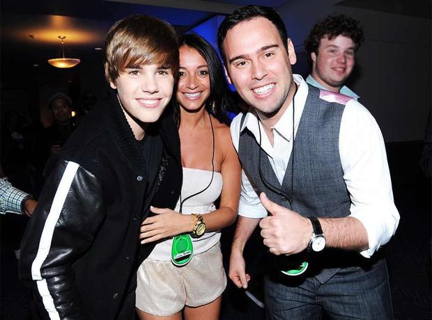 Không có người đàn ông này, có lẽ loạt siêu sao như Justin Bieber, Ariana Grande... vẫn chưa có cơ hội tỏa sáng - Ảnh 1.