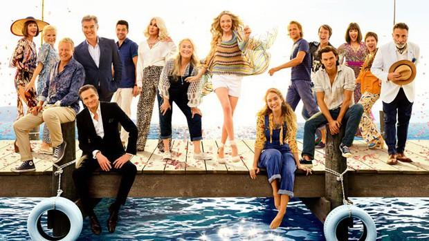 Đắm mình trong âm nhạc xúc động và tình yêu dài rộng sau 10 năm chờ đợi Mamma Mia! 2 - Ảnh 5.