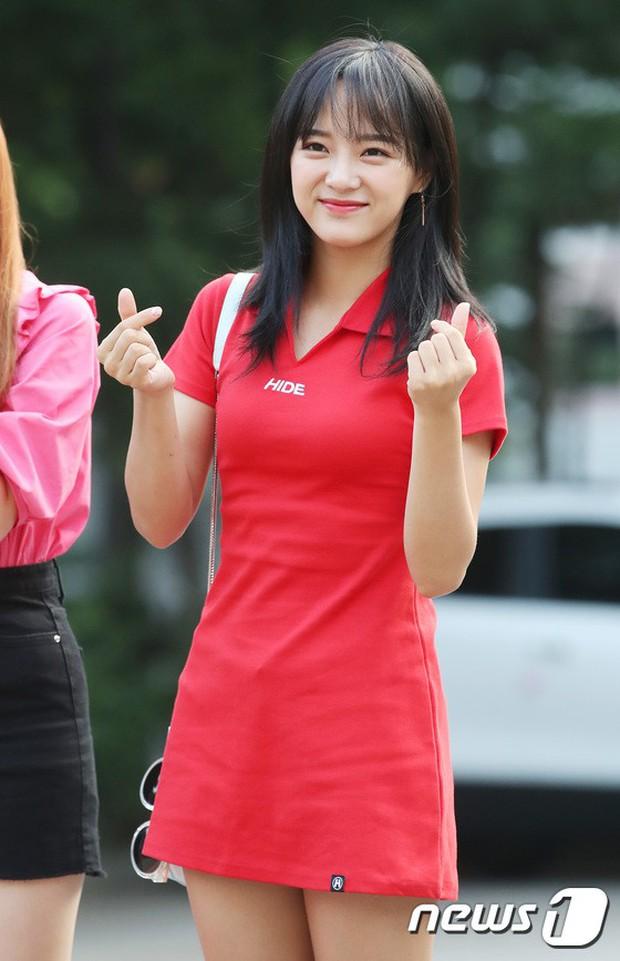 Quân đoàn mỹ nam mỹ nữ Kpop đổ bộ: Hyuna bỗng xinh bật lên so với dàn nữ thần, idol lộ vòng 3 vì mặc quần cũn cỡn - Ảnh 30.