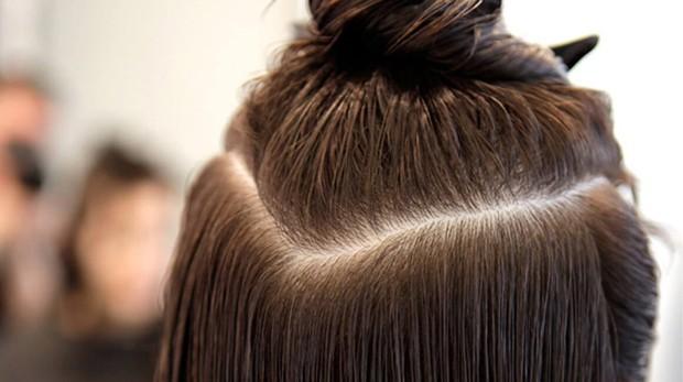Để tóc ướt đi ngủ, bạn có thể gặp phải vô số tác hại ảnh hưởng nghiêm trọng tới sức khỏe - Ảnh 2.