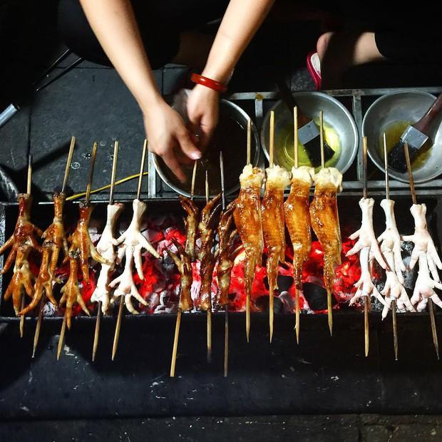 5 món từ chân gà ở Hà Nội mà chỉ cần đọc tên cũng đủ làm dân ăn vặt phải xuyến xao - Ảnh 1.